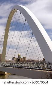 Des Moines Iowa Capital Building Government Pedestrian Bridge