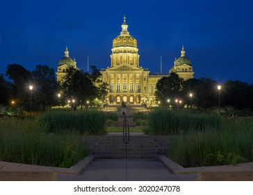 DES MOINES, IOWA, USA - JULY 28, 2021: Exterior of the Iowa State Capitol at night in Des Moines