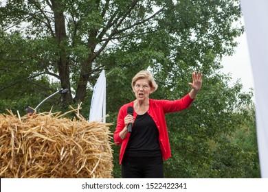 Des Moines, Iowa, USA September 21, 2019 Presidential candidate Elizabeth Warren (D Massachusetts) speaks to supporters at the Polk County Iowa Democrats annual Steak Fry in Des Moines, Iowa.