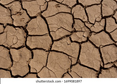 Desert dry and cracked ground, Chad. Africa