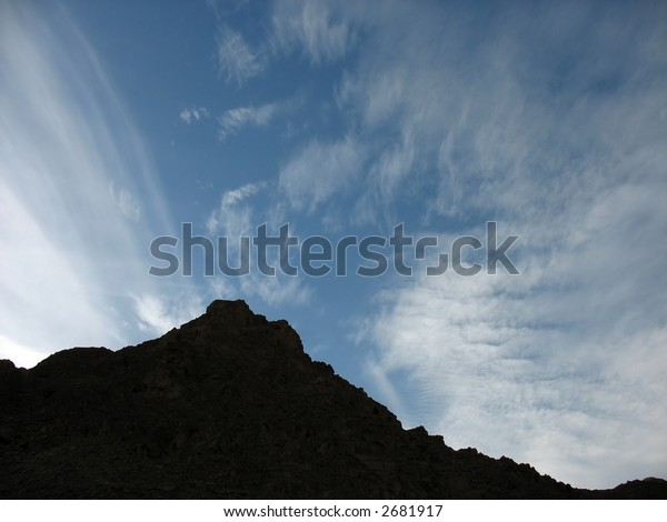 Desert Mountains and high clouds