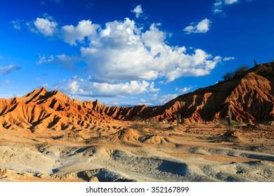 desert, sunset in desert, tatacoa desert, columbia, latin america, clouds and sand, red sand in desert