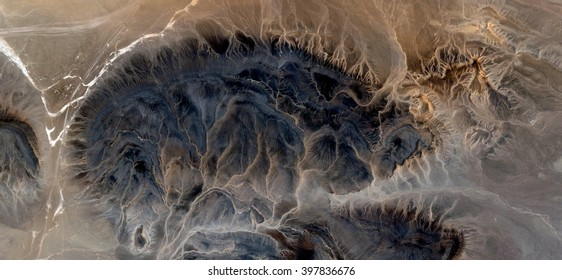 Desert veins, abstract photography of the deserts of Africa from the air, bird's eye view, abstract expressionism, contemporary art, optical illusions,