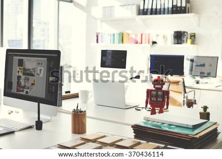 Design Studio Creativity Ideas Wood Palette Stockfoto (Jetzt ...