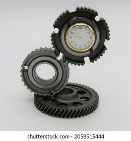 Desk clock handmade from upcycled car parts, steal gears with timepiece in the centre. Table top clock for the office.