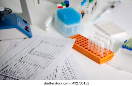 desktop laboratory medical equipment for blood tests and the results of cbc