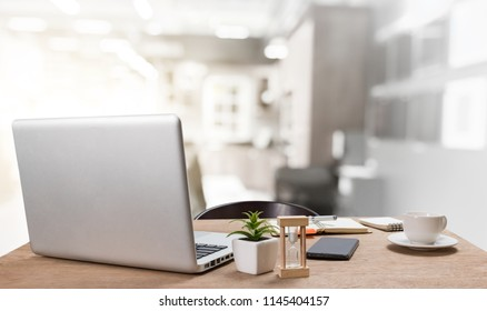 Deskworkplace with notebook laptop Comfortable work table in coffee shop