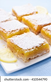 Dessert lemon bars