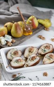 dessert pear with honey