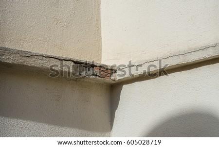 Detachment Exterior Building Cornice Architectural Problems