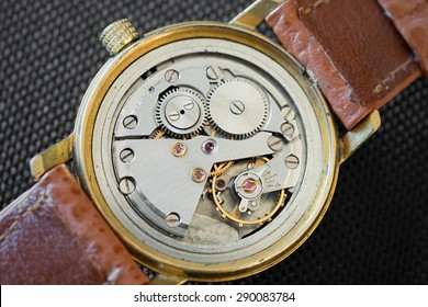Detail of clock parts for restoration