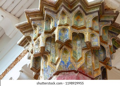 Detail of colorful painted pillar at the Mausoleum of Apak Khoja and Tomb of the Fragrant Concubine in Kashgar, or Kashi, Xinjiang, China.
