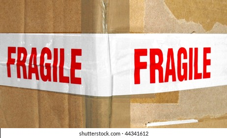 Detail of a fragile corrugated cardboard packet - (16:9 ratio)