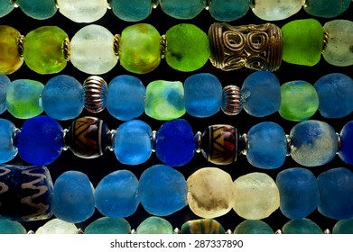 Detail of Glass Beads in polarized Light