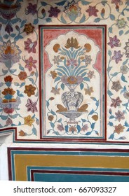 Detail, painted murals of the palace, Amber Fort, near Jaipur, Rajasthan, India