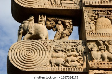 Detail of a section of stone panel on top of doorway at Stupa in Sanchi, near Bhopal, Madhya Pradesh, India, Asia