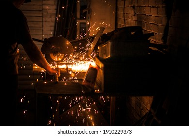 Detailed creation of things in the forge for the interior