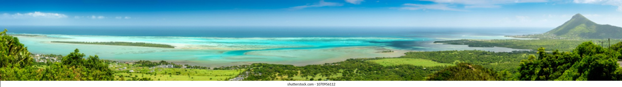 Detailed panorama of the south coast of Mauritius