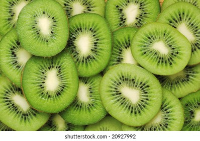 Detailed pattern made of kiwi slices