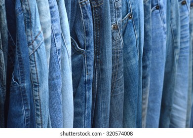 detailed texture and pattern of blue jeans