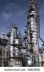 Detailed view of a petrochemical refinery.(Analog image)