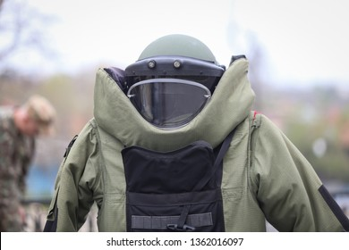 Details of a EOD (Explosive Ordnance Disposal) military protective costume