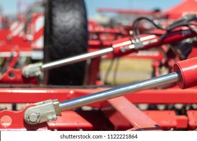 Details of hydraulic farm machinery