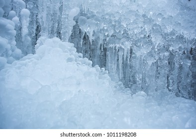 Details In The Ice