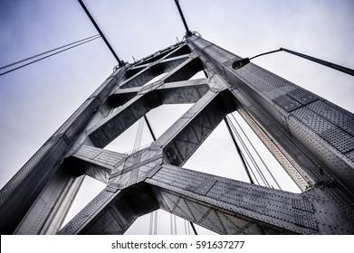 Details on the San Francisco-Oakland Bay Bridge