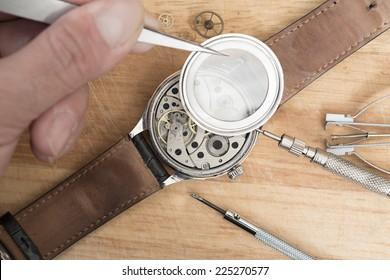 Details for repair of clocks