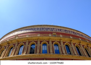 Details and surroundings of the Royal Albert Hall