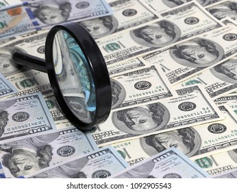 Determination of the authenticity of American paper money dollars using a magnifying glass
