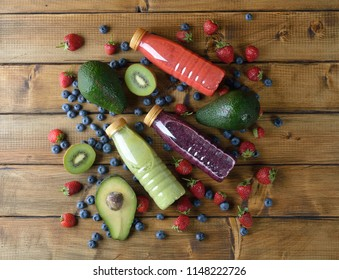Detox smoothies on a brown background