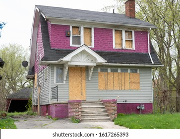 Detroit, Michigan / USA: 05-08-2019: abandoned home in downtown Detroit