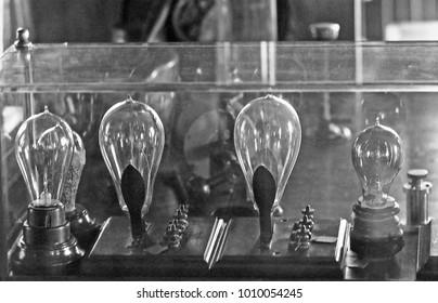 DETROIT – SEPTEMBER 1,1979: Thomas Edison light bulb laboratory. Vintage picture taken in 1979.