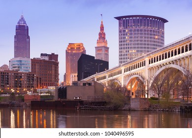 Detroit Superior Bridge over Cuyahoga River and downtown skyline, Cleveland, Ohio, USA