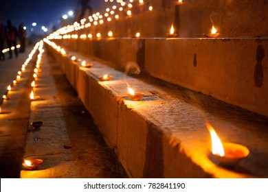 Dev Deepawali festival, Earthen lamps lit on the stairs leading to the Ganges, Varanasi, Uttar Pradesh, India.