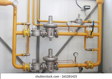 The device for a reduction of pressure of gas