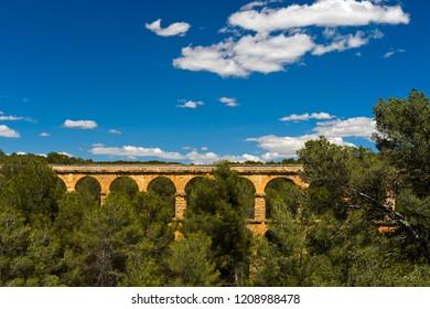 Devil's Bridge, Ferreres Aqueduct, Aqüeducte de les Ferreres, Pont del Diable, UNESCO World Heritage Site Archaeological Ensemble of Tarraco, Tarragona, Catalonia, Spain