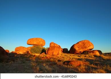 Devils Marbles, Australian outback