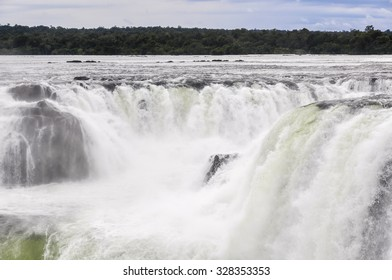 Devil's Throat at Iguazu Falls, one of the New Seven Wonders of Nature, Argentina