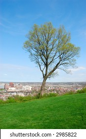 Devoe Park, Kentucky, USA - View from Devou Park, located in the hills overlooking Covington, Kentucky .