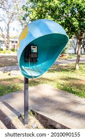 Brasília, DF, July 18, 2021. Public telephone, public telephone, old and worn due to lack of use in an isolated and almost forgotten urban environment. Selective focus