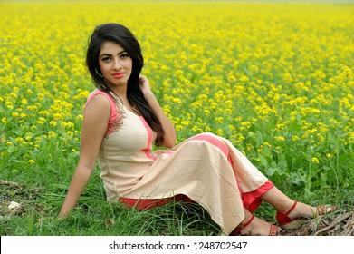 The phrase bangladeshi bangladesh girls pity