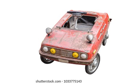 di cut Ancient red children is car on white background,object,transportation,copy space