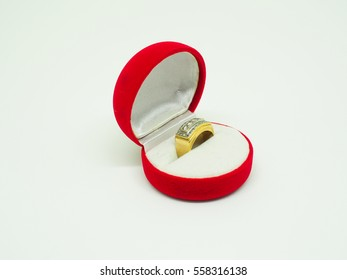 diamond gold ring and red ring box