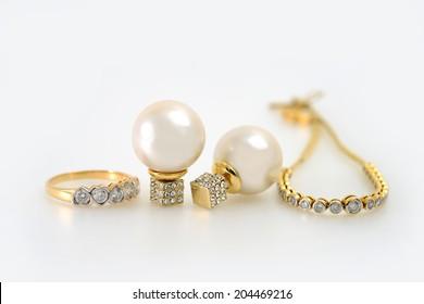Diamond and pearl jewelry