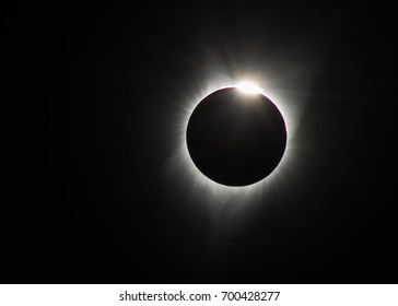 The diamond ring effect and the solar corona in North America's total solar eclipse, August 21, 2017