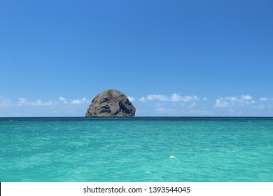 diamond rock seen from the beach in Martinique