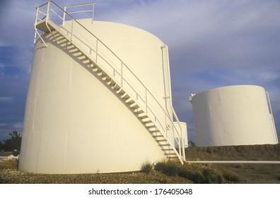 Diamond Shamrock Oil Tanks at Turpin, OK